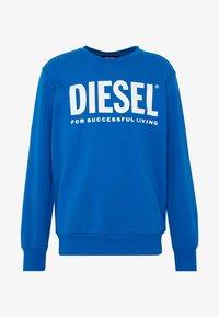 Diesel - GIR DIVISION LOGO - Collegepaita - blue - 3