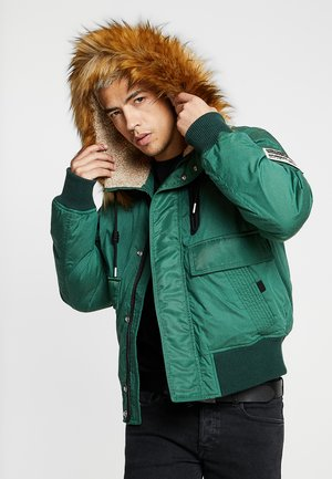 W-BURKISK JACKET - Winterjacke - green