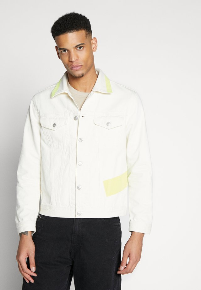 NHILL JACKET - Denim jacket - white/yellow