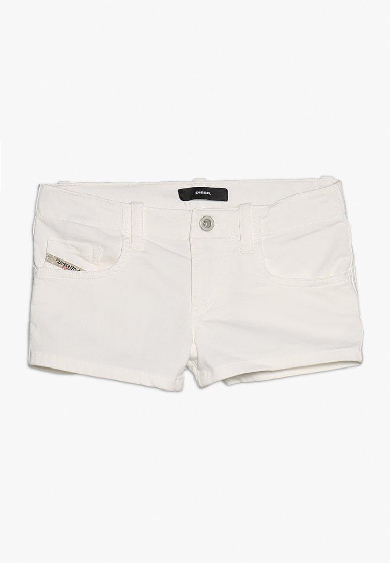 Diesel - PRIRAZ-N CALZONCINI - Jeans Shorts - white
