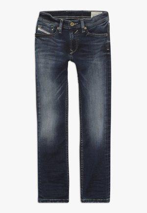 WAYKEE - Straight leg jeans - blue denim