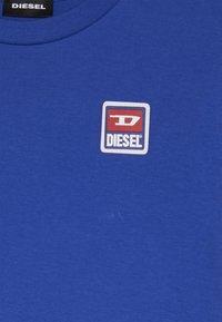 Diesel - TDIEGODIV - T-shirts print - surf the web - 3