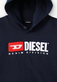 Diesel - SDIVISION OVER FELPA - Hoodie - k80a - 4