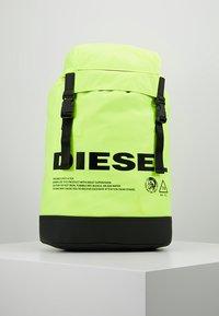 "Diesel - ""SUSEGANA"" F-SUSE BACK - Ryggsäck - fluo yellow - 0"
