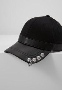 Diesel - COSNAP - Caps - black - 6