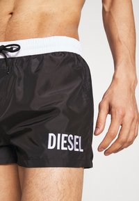 Diesel - BMBX-SANDY 2.017 SHORTS - Shorts da mare - black - 3