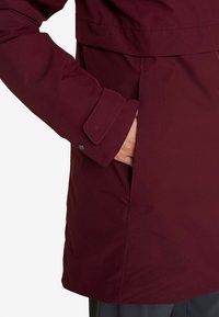 Didriksons - HELLE WOMENS  - Parka - anemon red - 5