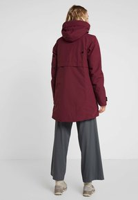 Didriksons - HELLE WOMENS  - Parka - anemon red - 2