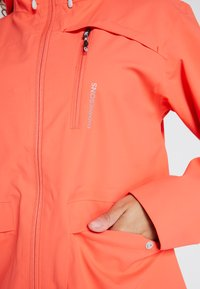 Didriksons - WIDA WOMENS JACKET - Hardshell jacket - coral red - 3