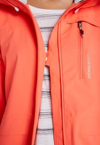 Didriksons - WIDA WOMENS JACKET - Hardshell jacket - coral red - 5