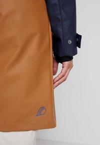 Didriksons - ESTRID - Waterproof jacket - almond brown - 4