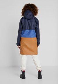 Didriksons - ESTRID - Waterproof jacket - almond brown - 2