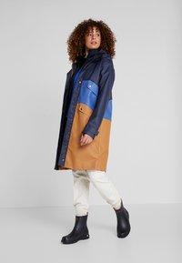 Didriksons - ESTRID - Waterproof jacket - almond brown - 1