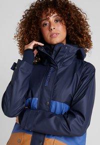 Didriksons - ESTRID - Waterproof jacket - almond brown - 3