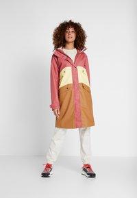 Didriksons - ESTRID - Waterproof jacket - pink blush - 1