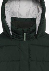 Didriksons - GÄDDAN KIDS PUFF JACKET - Zimní kabát - spruce green - 5