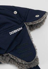 Didriksons - BIGGLES KID - Beanie - navy - 2