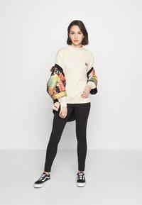 Dickies - BARDWELL - Sweatshirts - taupe - 1