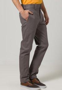 Dickies - SLIM SKINNY WORK PANT - Chino - gravel gray - 2