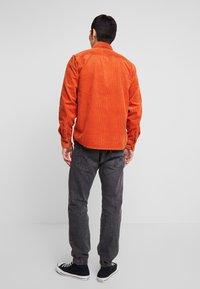 Dickies - IVEL - Overhemd - rust - 2