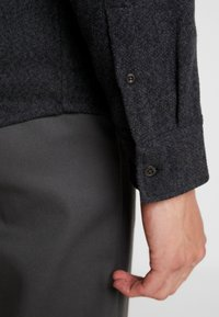 Dickies - DELPHIA - Camisa - dark grey melange - 4