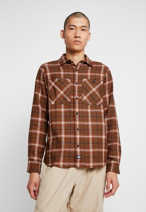 KUTTAWA - Chemise - brown duck