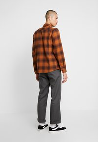 Dickies - WANETA SHIRT - Košile - brown duck - 2
