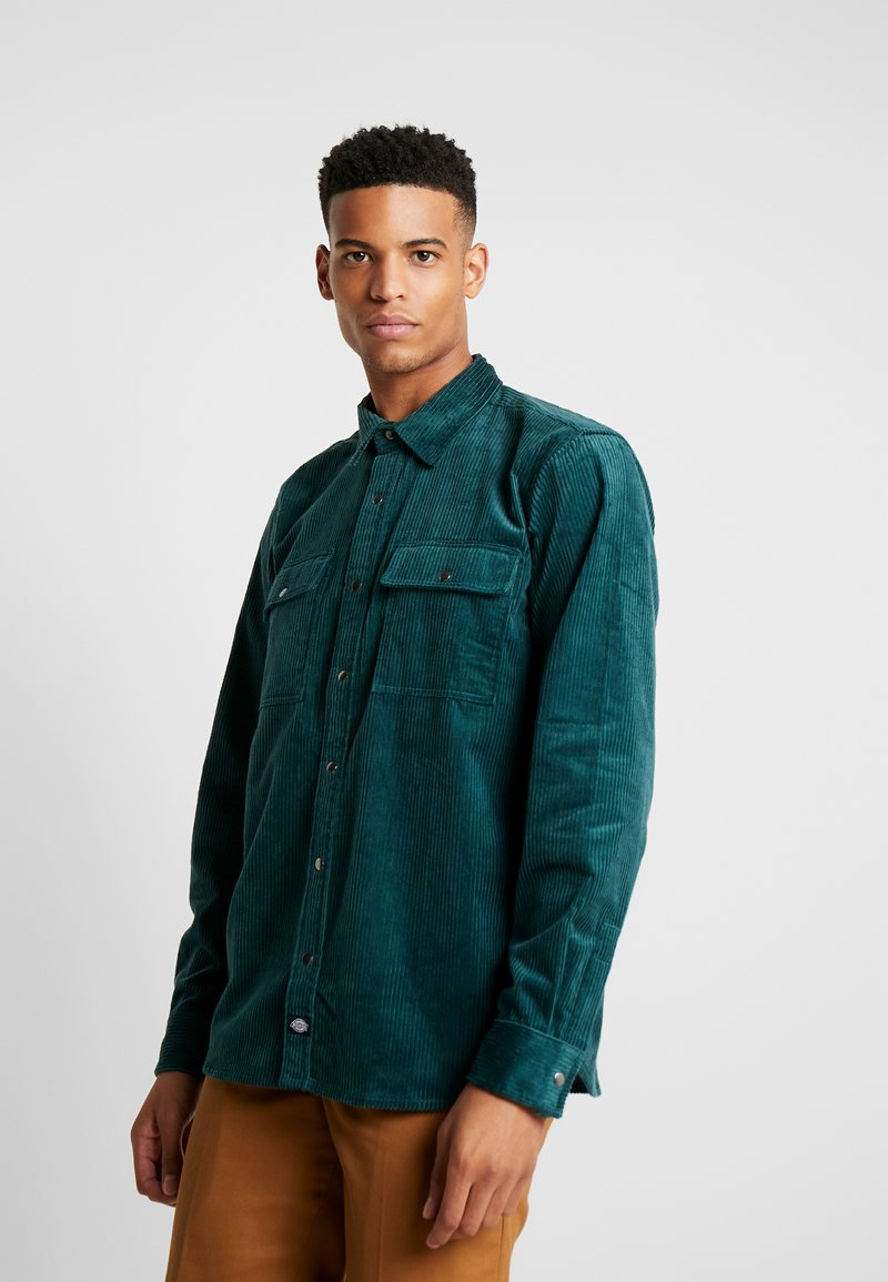 Dickies - IVEL - Camisa - forest