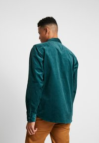 Dickies - IVEL - Shirt - forest - 2