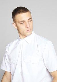 Dickies - SHORT SLEEVE WORK - Košile - white - 4