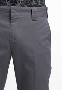 Dickies - 872 SLIM FIT WORK PANT - Chino - charcoal grey - 4