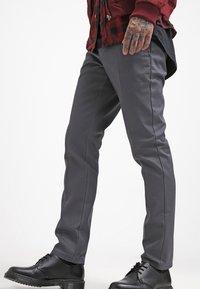 Dickies - WORK PANT - Chinot - charcoal grey - 3