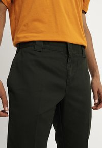 Dickies - WORK PANT - Chinosy - olive green - 3