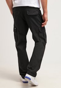 Dickies - EDWARDSPORT - Pantalon cargo - black - 2