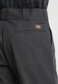 Dickies - ORIGINAL 874® WORK PANT - Kangashousut - charcoal - 5