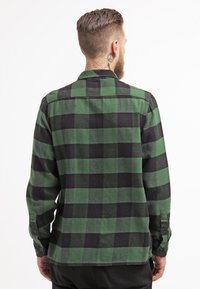 Dickies - SACRAMENTO - Camicia - pine green - 2
