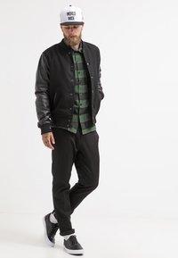 Dickies - SACRAMENTO - Shirt - pine green - 1