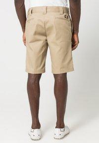 Dickies - SLIM STRAIGHT WORK - Shorts - khaki - 3
