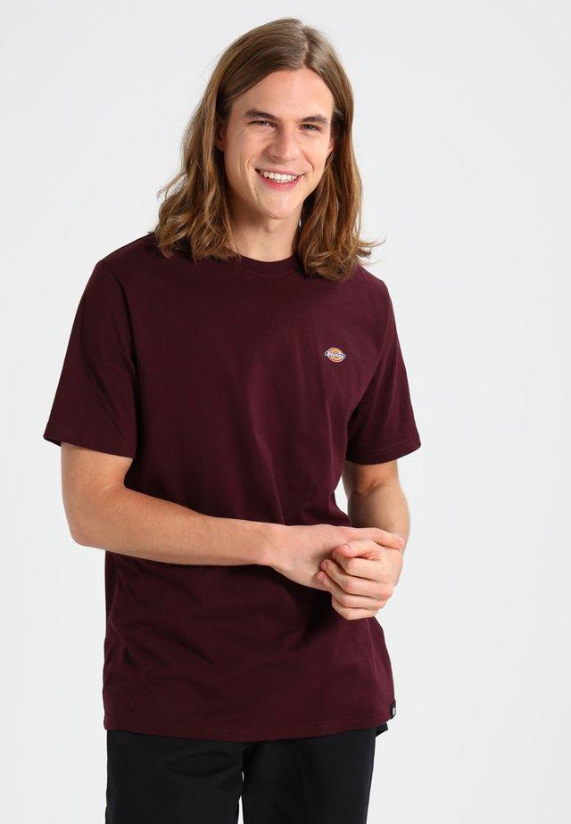 STOCKDALE - T-shirt print - maroon
