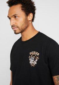 Dickies - ROCKHOUSE - T-shirt imprimé - black - 3
