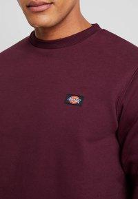 Dickies - NEW JERSEY - Sweatshirt - maroon - 4