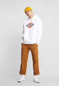 Dickies - SAN ANTONIO - Sweat à capuche - white - 1