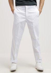 Dickies - ORIGINAL 874 - Chino kalhoty - white - 0