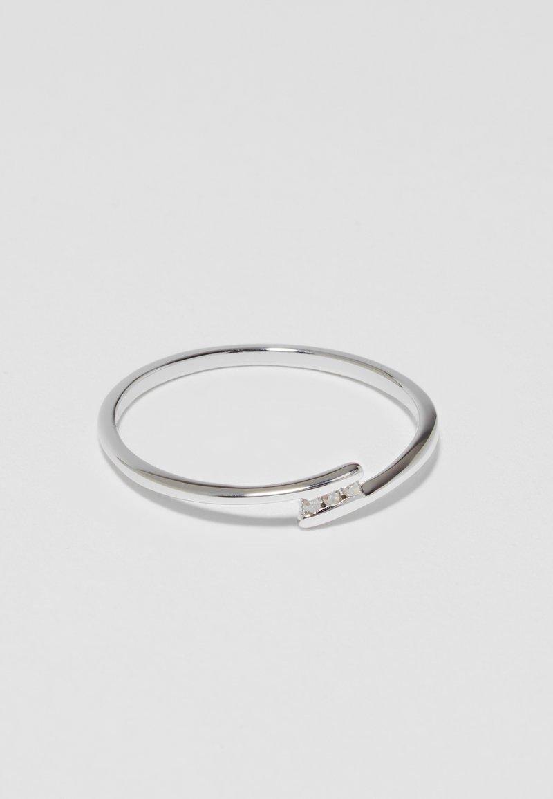 DIAMANT L'ÉTERNEL - Anello - silver-coulored