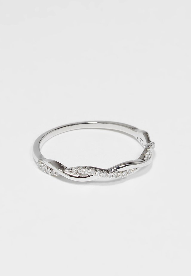 Ring - silver-coulored