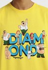 Diamond Supply Co. - FAMILY GUY TEE - T-shirts print - yellow