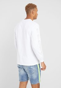 Diamond Supply Co. - AMOUR TEE - Camiseta de manga larga - white - 2