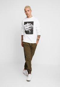 Diamond Supply Co. - MERCY TEE - Langarmshirt - white - 1