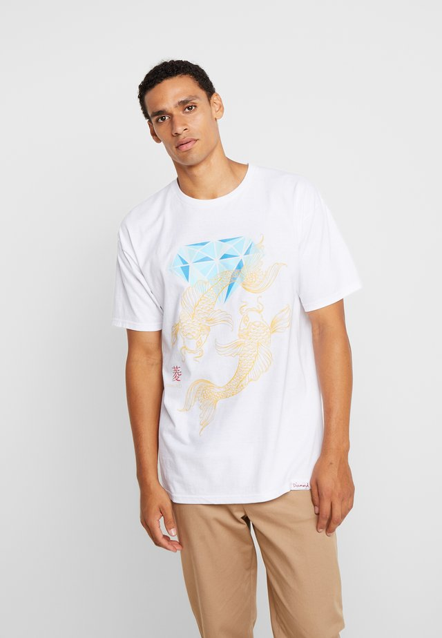 POND TEE  - T-shirt imprimé - white