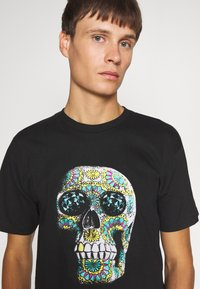 Diamond Supply Co. - CALAVERA TEE - Print T-shirt - black - 3